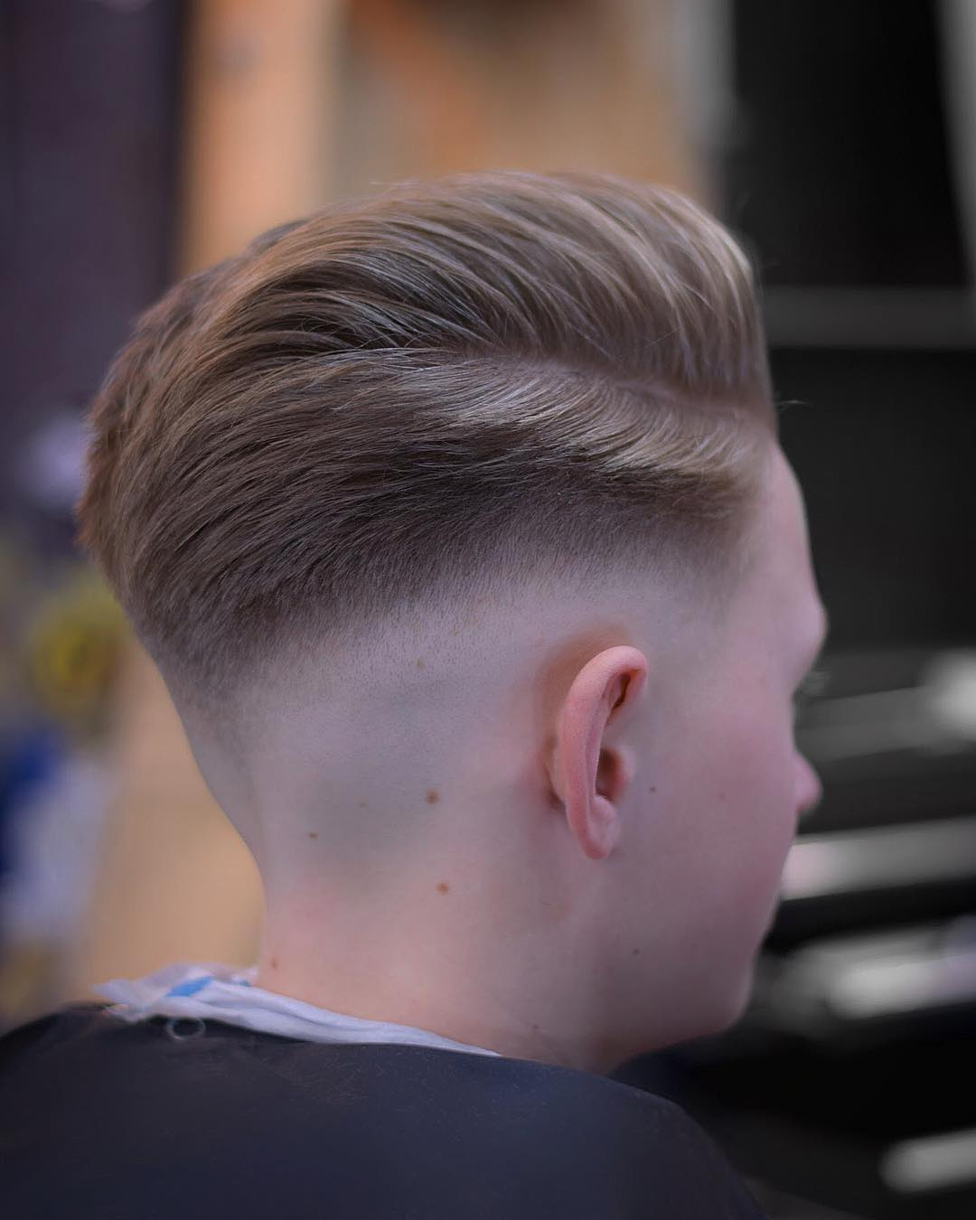 jarredsbarbers sweep back pomp fade latest mens hairstyles 2018