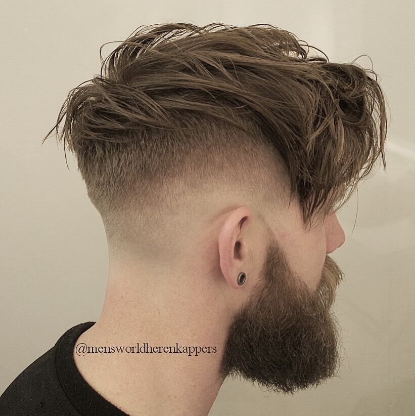 mensworldherenkappers long textured layers with huge beard style long hairstyles for men 2018