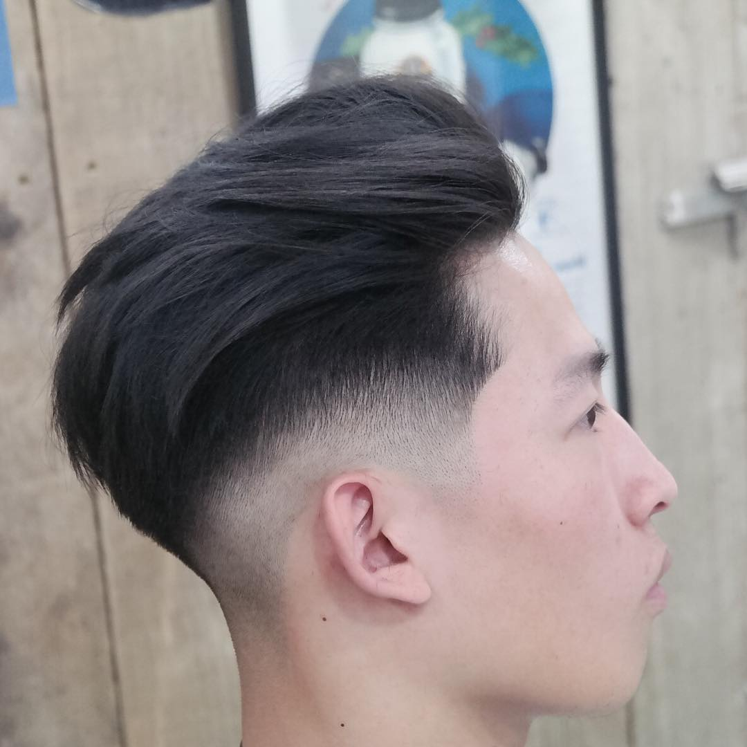 sam_campagnatop pompadour long with side skin fade medium length haircuts 2018