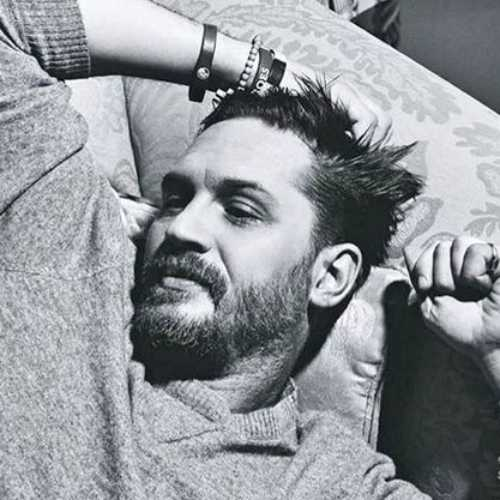 tom hardy haircut medium length hairstyle