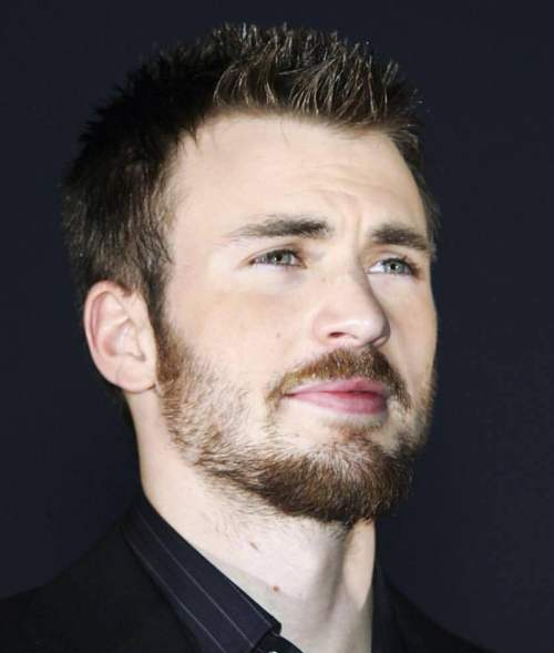 chris evans short spiky hairstyle