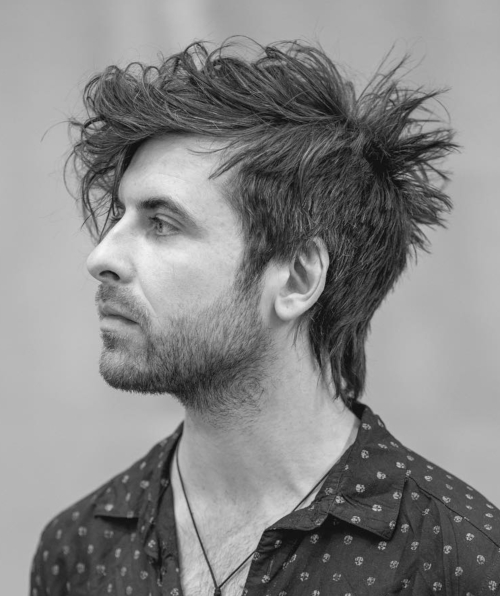 messy hairstyles for men with medium length textured hair